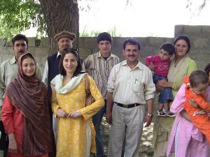 Sadaf Munshi with Burushaski speakers in Hundur (Yasin valley, July 2010)